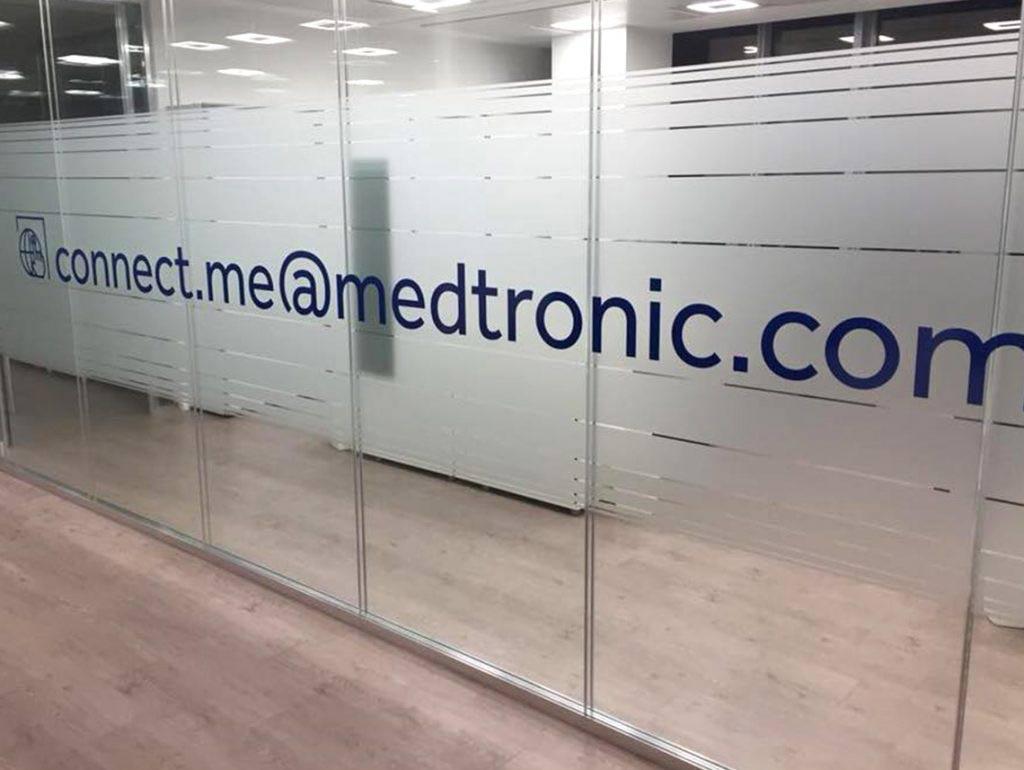 pellicola-acidata-decorazione-interni-medtronic