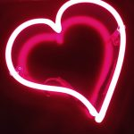 insegna-neon-cuore-gmvision